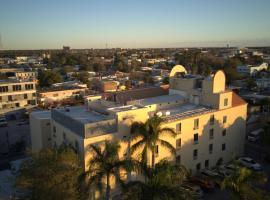 Best Western Hotel Plaza Matamoros – hotel w mieście Matamoros