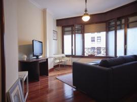 NANA in Bilbao, con garaje en el edificio, apartment in Bilbao