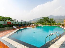 Hotel Natraj Rishikesh, отель в Ришикеше
