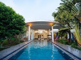 Đồi Sứ VILLA, hotel in Ho Chi Minh City