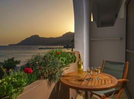 Alianthos Beach Hotel, hotel in Plakias