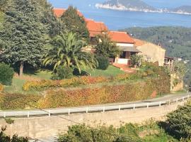 Villa Shanti, hotel near Cabinovia Monte Capanne, Marciana