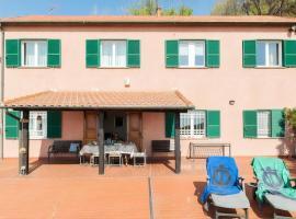 Casa Roberto B&B, hotel in Savona
