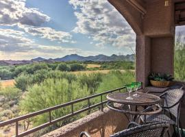 Oro Valley Condo with Pool Mins to Golf and Hiking!, hotel in Oro Valley