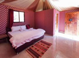 Sand Stars Camp, luxury tent in Wadi Rum