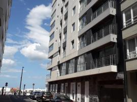 Appartement met zicht op zee, apartment in Knokke-Heist