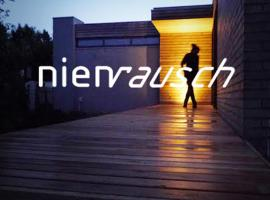 Design Ferienhaus nienrausch mit 2 Apartments, holiday home in Timmendorfer Strand