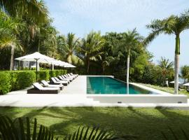 The Lombok Lodge, hotel in Tanjung