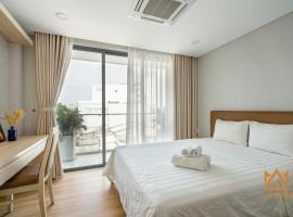 Luxy Park Hotel & Apartments-City Centre, hotel in Ho Chi Minh City