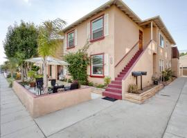 New Belmont Shore Retreat with free Parking Walk to Beaches, apartment in Long Beach