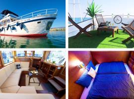 HOMEBOAT-bateau hôtel, boat in Geneva