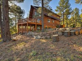 Secluded Flagstaff Apt on 4 Acres with Spacious Deck, apartment in Mountainaire
