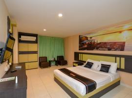 OYO 2487 Sampurna Jaya Hotel, hotel di Tanjungpinang
