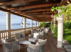 Diana Grand Hotel, hotel ad Alassio