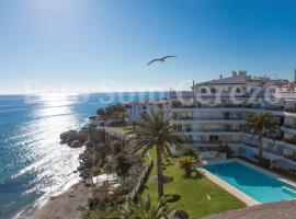 Acapulco playa Nerja 407 planta superior, hotel with pools in Nerja