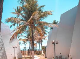Pitaya Beach House - Charming Village By the Sea, hotel near Flamengo Beach, Salvador