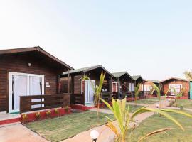 Bliss Water Resort, hotel in Arambol