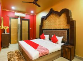 OYO 67069 Chirag Hotel, hotel en Ghaziabad