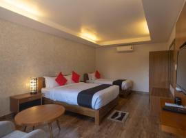 Seven Lakes Resort, отель в Покхаре