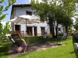 La Casona Encanto Rural, golf hotel in Llanes