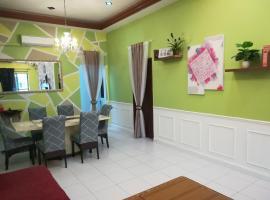 D Wangi Homestay Pasir Gudang at Ecotropic, hotel di Pasir Gudang