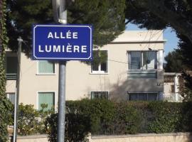 Les Loggias, apartment in La Ciotat