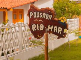 Pousada Rio Mar, guest house in Japaratinga