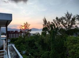Bayu Ferringhi Resort @ Batu Ferringhi, homestay in Batu Ferringhi