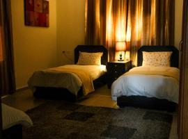 The Plaza Apartment - Bethlehem, hotel near The Milk Grotto, Bethlehem