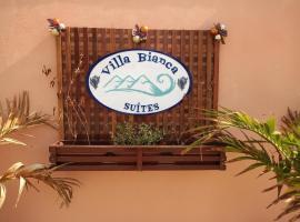 Villa Bianca Suítes, hotel with pools in Beberibe