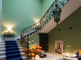 Hotel de l'Anglais, Guesthouse, hotel near Arles Amphitheatre, Arles
