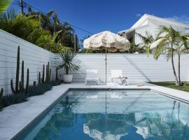 Byron Beach Abodes, vacation home in Byron Bay