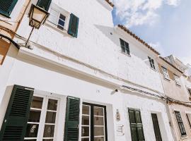 Petit Hotel 5 Fars, hotel en Ciutadella