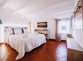 Petit Hotel 5 Fars, hotel in Ciutadella