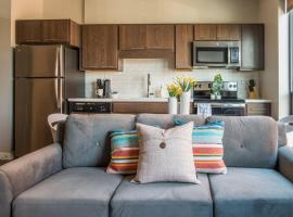 Studio, 1BR and 2BR Suite Apts in Western Gateway by Frontdesk, apartment in Des Moines