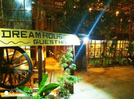 Dream House Guest House & Restaurant, homestay in Ngwesaung