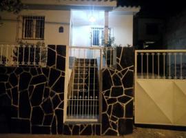 Casa la linda salta, villa en Salta