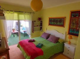 Shangrilá Guesthouse, homestay in Caleta De Fuste