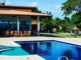 Pousada Villa das Palmeiras, accessible hotel in Paripueira