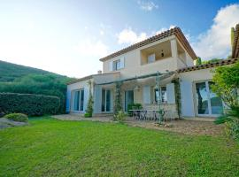 Les Cicerelles Provençal Villa See View Garden & Swimming Pool, hotel in Ramatuelle