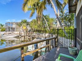 Naples Studio w/Dock+Pool Access - by Beach!, vacation rental in Naples