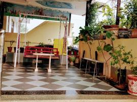 SOHNAZ, 2 BHK Flat in the Heart of Jagatpura, neighboring ISKON Temple, apartment in Jaipur