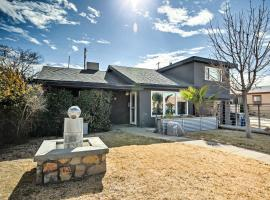 El Paso Home with Yard - Walk to UTEP and Cinci St, vacation rental in El Paso