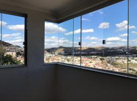 Apto 3 quartos com espaço gourmet e vista Panorâmica, apartamento em Poços de Caldas