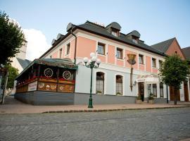 Hotel Club, hotel near Black Stork Golf Club, Kežmarok