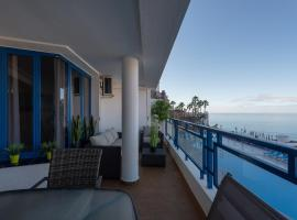 Amazing Sea Views Terrace Apartment with pool, hotel in Taurito