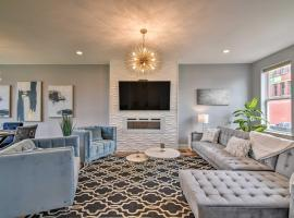 Memphis Townhome with Rooftop, Walk to Beale St, place to stay in Memphis