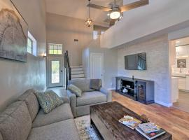 Modern Flagstaff Home with BBQ, Walk Downtown!, vacation rental in Flagstaff