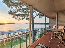 Sunset-View Resort Condo on Lake Hamilton!, vacation rental in Hot Springs