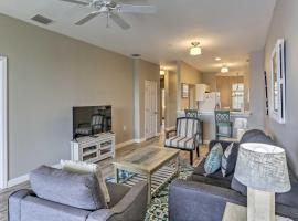 Fort Myers Condo with Resort Pools - Near Golf!, villa in Fort Myers